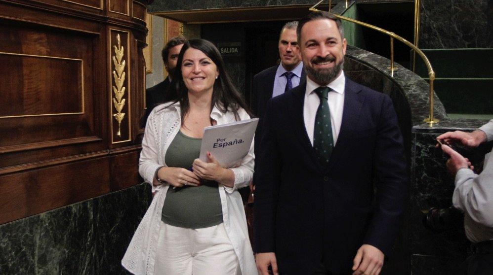 santiago abascal y macarena olona llegando este jueves al congreso de los diputados. foto. francisco toledo okdiario