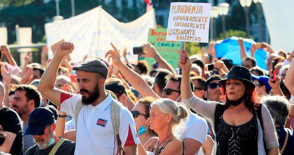 Imagen de una manifestación negacionista / RTVE