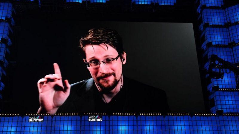 Edward Snowden filtró secretos de inteligencia de Estados Unidos y acabó refugiándose en Rusia.