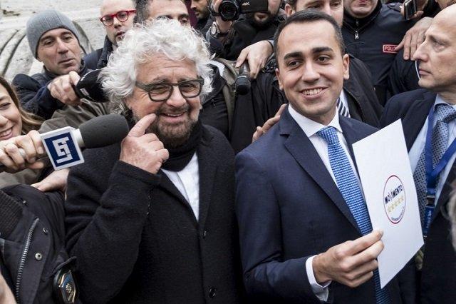 Beppe Grillo y Luigi di Maio, los líderes de M5S que hicieron su carrera política con el dinero del narco de Venezuela.