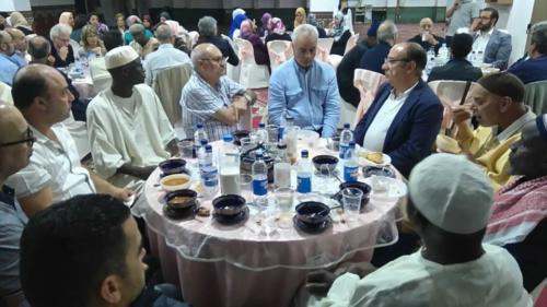 Victor Paramés, celebrando el Ramadán